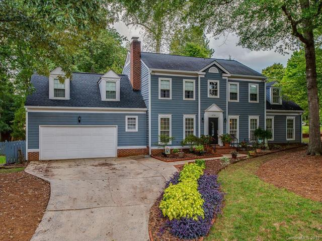 9736 Stoney Hill Lane, Charlotte, NC 28277 (#3433476) :: Odell Realty