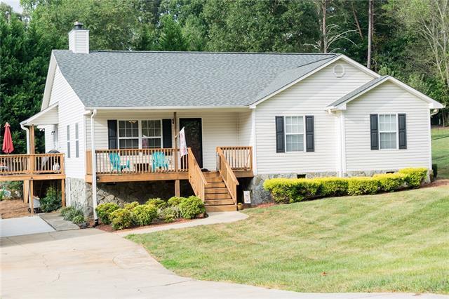 2627 36th Avenue NE, Hickory, NC 28601 (#3433524) :: LePage Johnson Realty Group, LLC