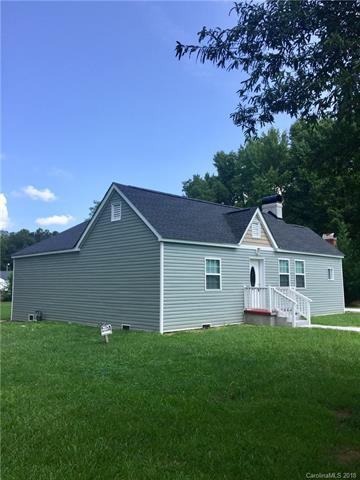 514 Dawn Circle, Charlotte, NC 28213 (#3433593) :: LePage Johnson Realty Group, LLC