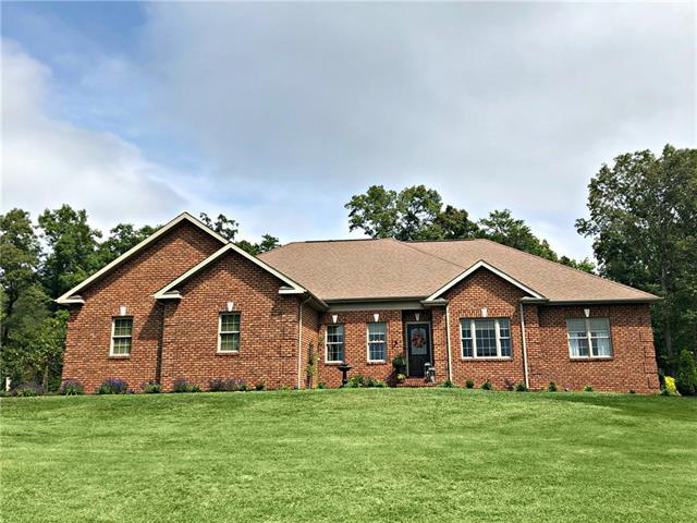 1604 Damascus Circle, Conover, NC 28613 (#3433595) :: Exit Mountain Realty