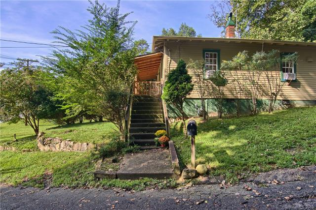 124 Beaver Street, Tryon, NC 28782 (#3433660) :: Caulder Realty and Land Co.