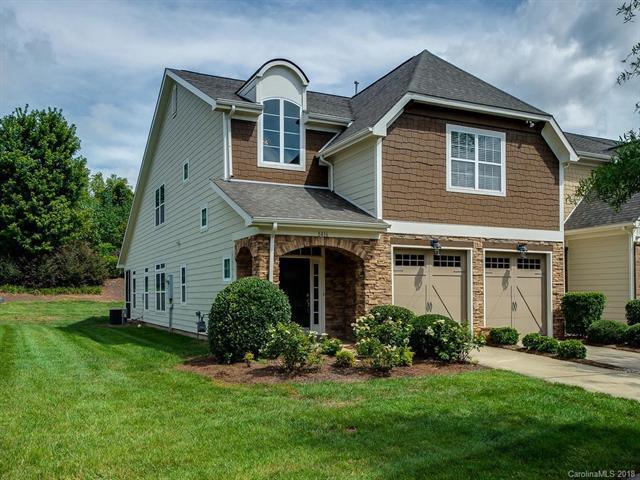 8436 Loxton Circle, Charlotte, NC 28214 (#3433908) :: LePage Johnson Realty Group, LLC