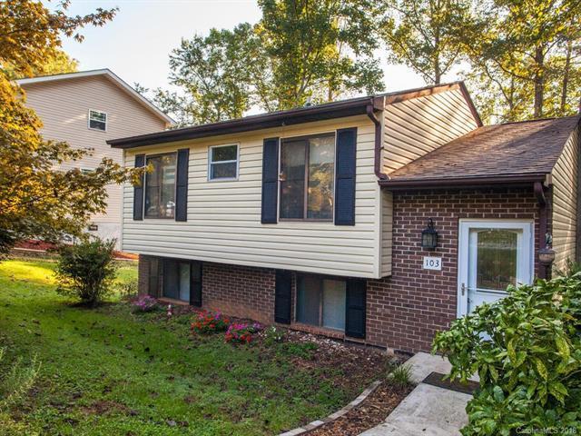 103 Honeysuckle Drive, Hendersonville, NC 28791 (#3434167) :: Johnson Property Group - Keller Williams