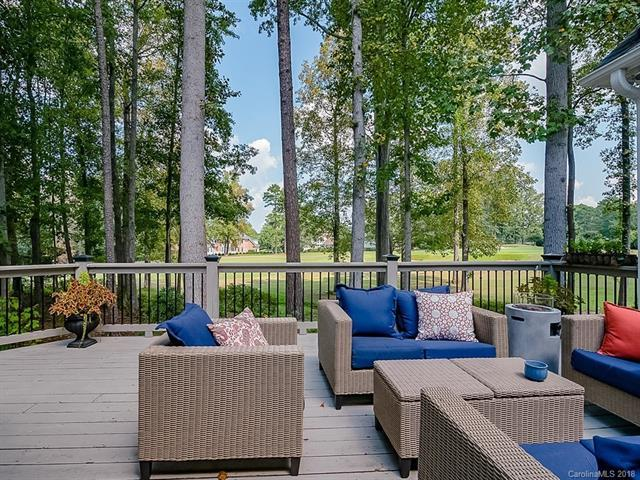 18108 River Ford Drive, Davidson, NC 28036 (#3434263) :: The Sarver Group