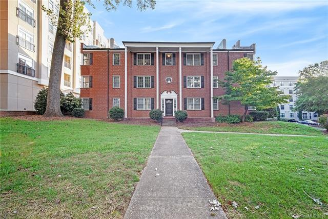 1337 E Morehead Street #301, Charlotte, NC 28204 (#3434289) :: Charlotte Home Experts