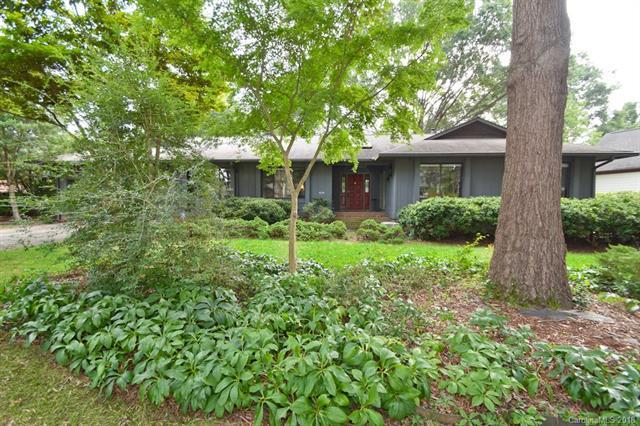 6226 Dovefield Road, Charlotte, NC 28277 (#3434470) :: Odell Realty