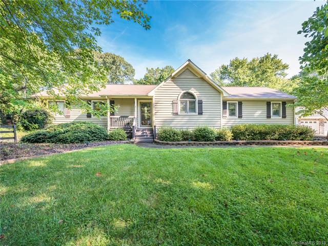 157 Peninsula Drive, Mooresville, NC 28117 (#3434558) :: LePage Johnson Realty Group, LLC
