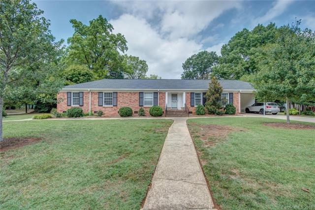2619 Sharon Road, Charlotte, NC 28211 (#3434575) :: The Andy Bovender Team