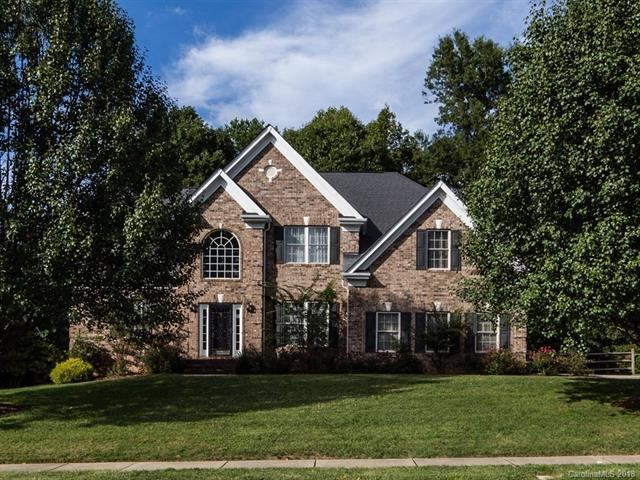 10508 Devonshire Drive, Huntersville, NC 28078 (#3434678) :: Zanthia Hastings Team