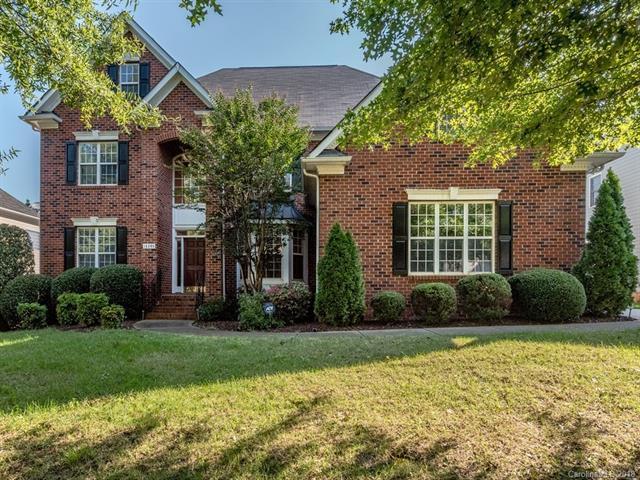 16308 Hallaton Drive, Huntersville, NC 28078 (#3434806) :: Charlotte Home Experts