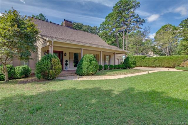 1 Heritage Drive, Lake Wylie, SC 29710 (#3434869) :: Zanthia Hastings Team