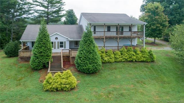 111 Deerborne Lane, Weaverville, NC 28787 (#3434968) :: Puffer Properties