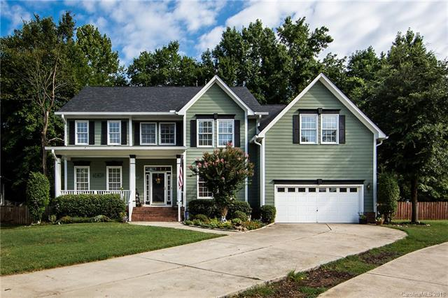 15803 Cordelia Oaks Lane, Huntersville, NC 28078 (#3434973) :: Zanthia Hastings Team
