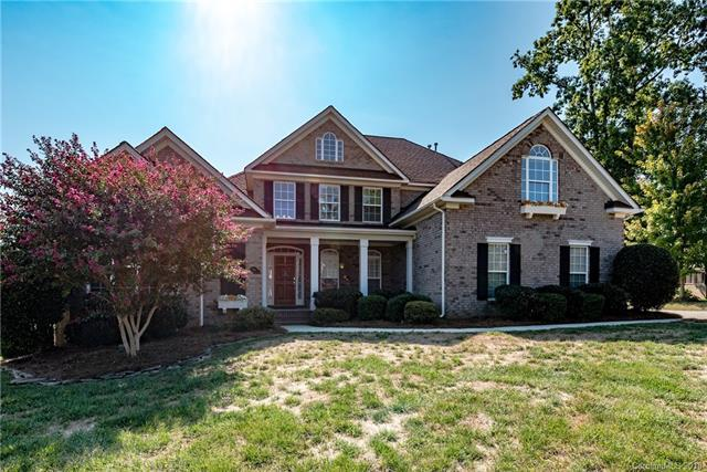 554 Ballymote Court, Matthews, NC 28104 (#3434992) :: Odell Realty