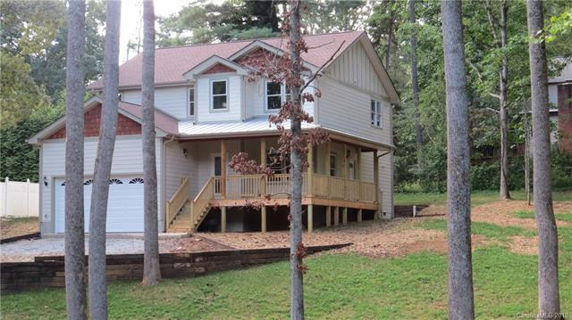 70 E Arbutus Trail, Hendersonville, NC 28792 (#3435013) :: Exit Mountain Realty