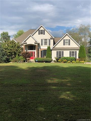 856 Big Willow Road, Hendersonville, NC 28739 (#3435017) :: Caulder Realty and Land Co.
