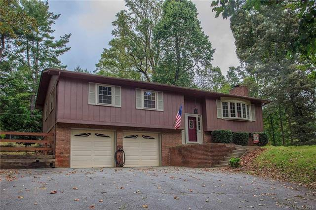 333 Clear Creek Road, Hendersonville, NC 28792 (#3435116) :: Exit Mountain Realty