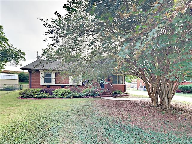 1505 Collier Court, Charlotte, NC 28205 (#3435165) :: The Ann Rudd Group
