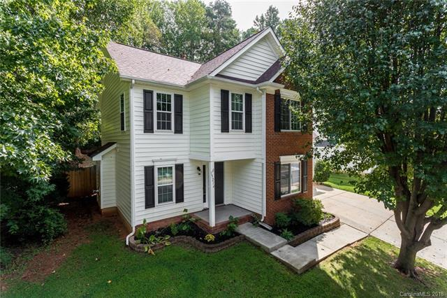 15214 Tracy Beth Road, Huntersville, NC 28078 (#3435370) :: The Sarah Moore Team