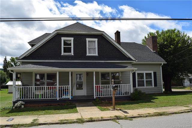 40 Poplar Street, Canton, NC 28716 (#3435474) :: The Sarah Moore Team
