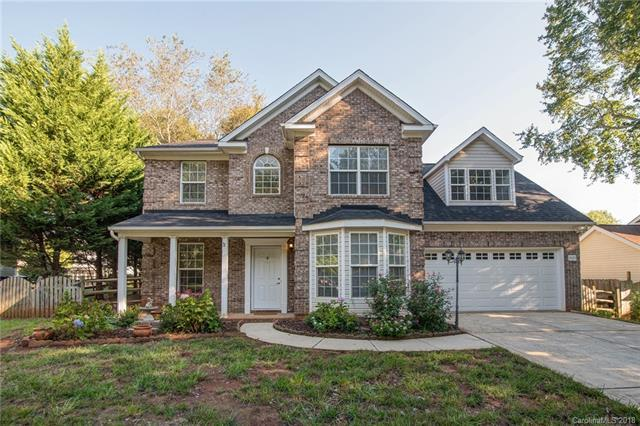 9035 Old Barnette Place, Huntersville, NC 28078 (#3435533) :: The Ramsey Group