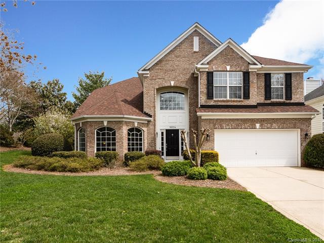 16224 Hollingbourne Road, Huntersville, NC 28078 (#3435545) :: Cloninger Properties