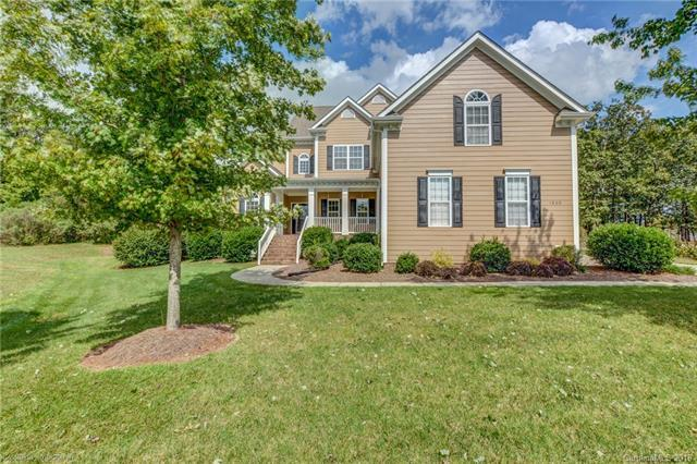 1800 Grafling Court, Waxhaw, NC 28173 (#3435602) :: The Andy Bovender Team