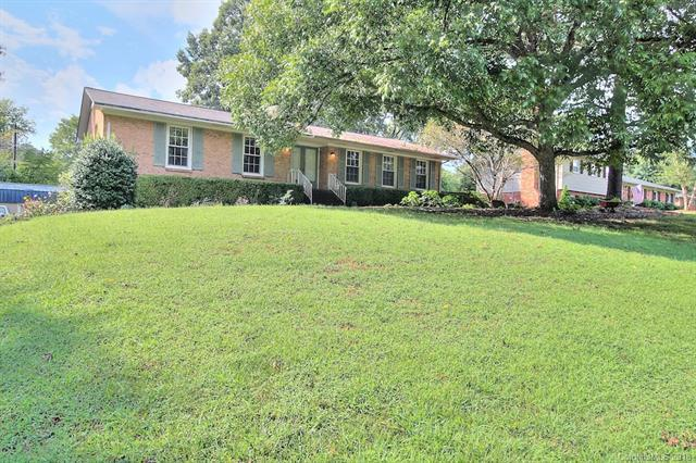 225 Wesconnett Drive, Charlotte, NC 28214 (#3436024) :: Exit Mountain Realty