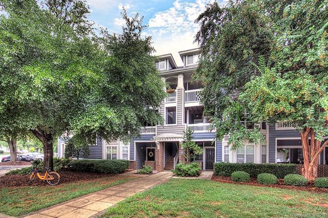 525 Olmsted Park Place E, Charlotte, NC 28203 (#3436212) :: David Hoffman Group