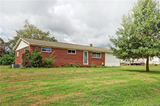 122 Country View Road, Statesville, NC 28625 (#3436236) :: Charlotte Home Experts