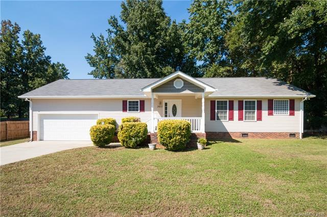 3611 Atlas Drive, Charlotte, NC 28269 (#3436263) :: Cloninger Properties