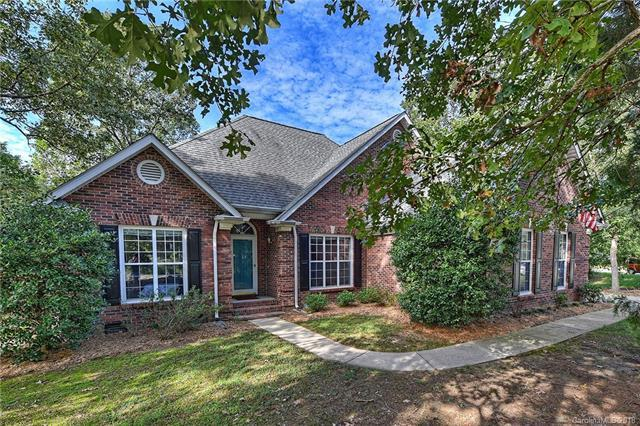 8245 Hunley Ridge Road, Matthews, NC 28104 (#3436307) :: The Ramsey Group