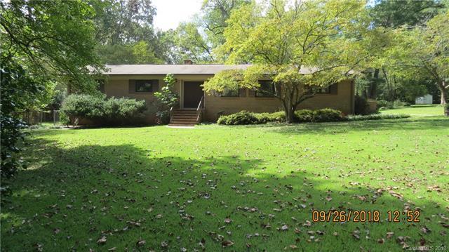 8001 Denbur Drive, Charlotte, NC 28215 (#3436343) :: LePage Johnson Realty Group, LLC