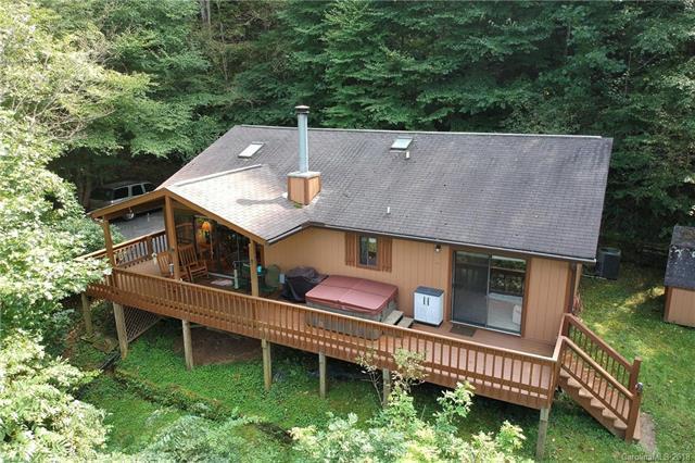 760 Countryside Drive, Waynesville, NC 28785 (#3436491) :: Puffer Properties