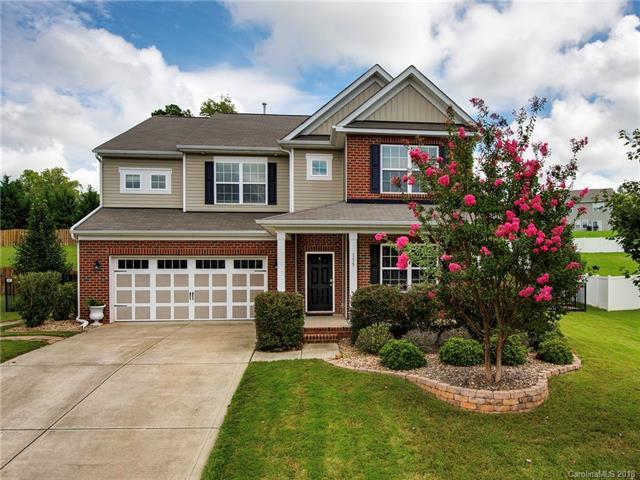 155 E Warfield Drive, Mooresville, NC 28115 (#3436578) :: Odell Realty
