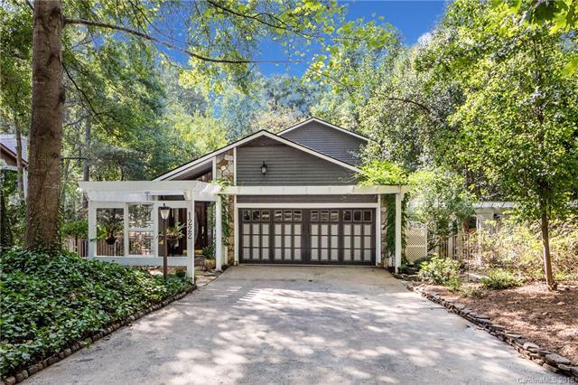 1222 Jules Court, Charlotte, NC 28226 (#3436675) :: Miller Realty Group