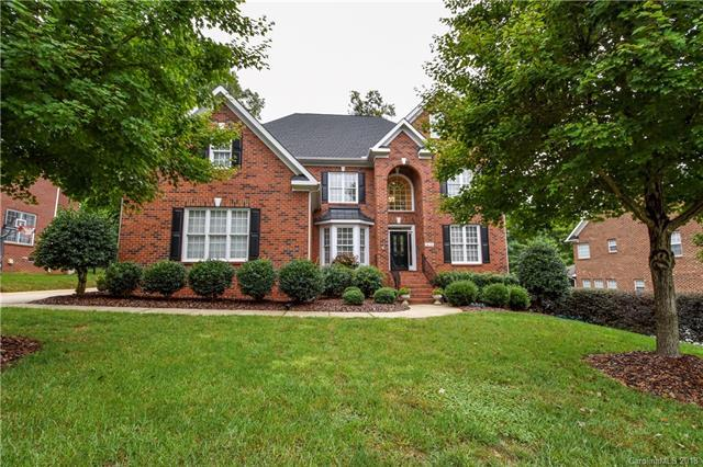 14110 Bramborough Road, Huntersville, NC 28078 (#3436838) :: Rowena Patton's All-Star Powerhouse
