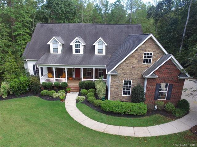 8004 Allenwick Circle, Mint Hill, NC 28227 (#3436878) :: The Temple Team