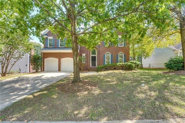 6408 Morningsong Lane, Charlotte, NC 28269 (#3437033) :: Odell Realty