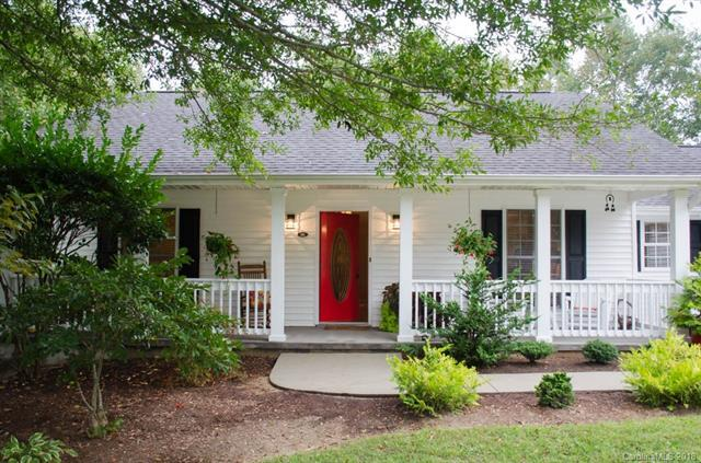 101 Red Cedar Drive, Hendersonville, NC 28792 (#3437183) :: Exit Mountain Realty