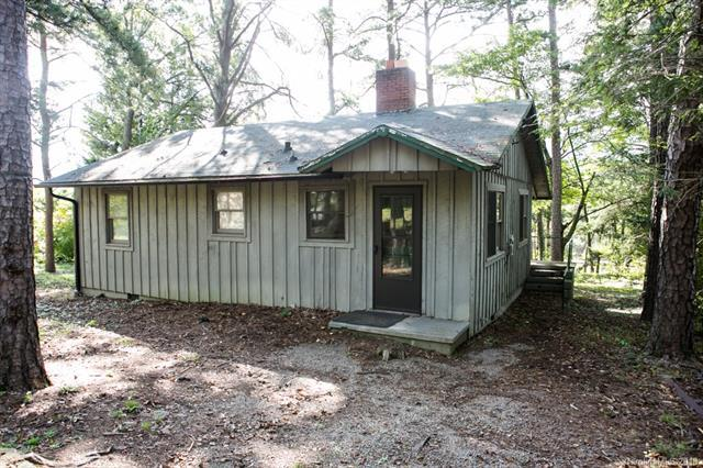 1095 Old Us 70 Hwy Highway, Black Mountain, NC 28711 (#3437280) :: Carlyle Properties