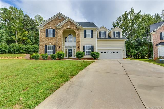 2412 Windsor Chase Drive, Matthews, NC 28105 (#3437501) :: Robert Greene Real Estate, Inc.