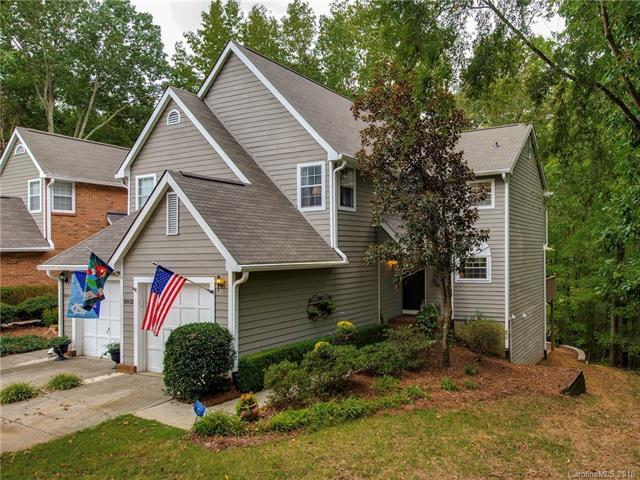 9012 Saint Thomas Lane, Charlotte, NC 28277 (#3437560) :: Odell Realty
