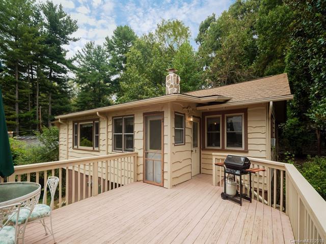 296 O'hara Circle, Hendersonville, NC 28739 (#3437702) :: Puffer Properties