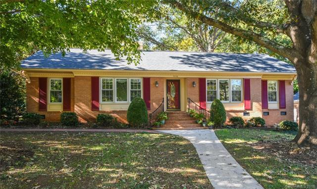 7530 Whistlestop Road, Charlotte, NC 28210 (#3437711) :: Stephen Cooley Real Estate Group