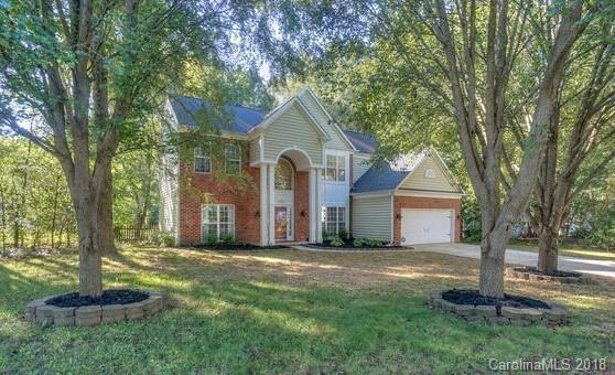 15725 Prestwoods Lane, Huntersville, NC 28078 (#3437733) :: Exit Mountain Realty