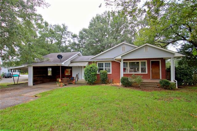 1520 E Rutherford Street, Landrum, SC 29356 (#3437925) :: MECA Realty, LLC