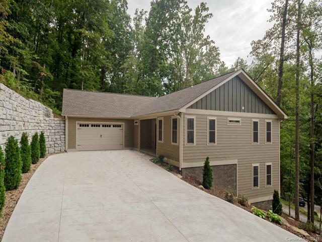 71 Willow Bend Drive, Hendersonville, NC 28792 (#3437995) :: Exit Mountain Realty
