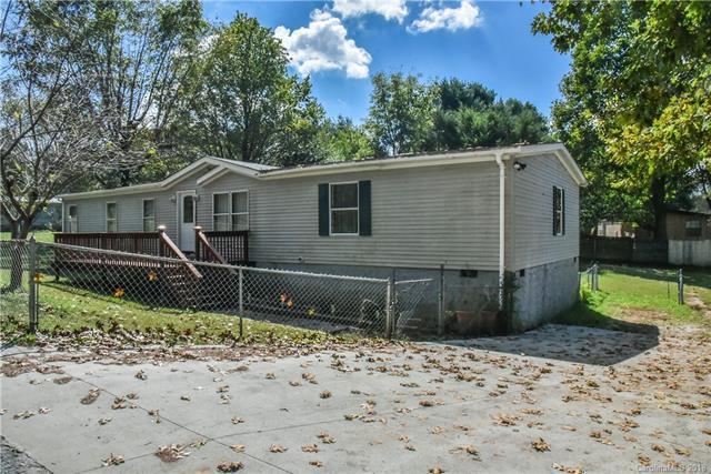 324 James Street, East Flat Rock, NC 28726 (#3438211) :: RE/MAX Four Seasons Realty