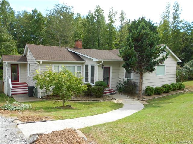 126 Meadowlark Lane, Columbus, NC 28722 (#3438323) :: Team Southline